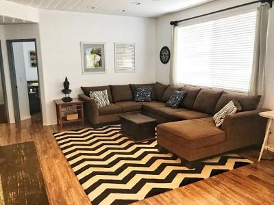 Carlsbad Condo/Townhouse For Sale: 6158 Paseo Granito