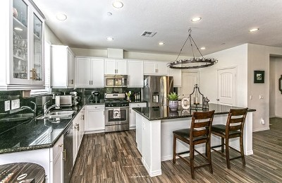 Winchester Single Family Home For Sale: 34690 Kooden Road