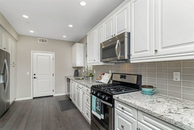 San Diego Condo/Townhouse For Sale: 16360 Veridian Circle