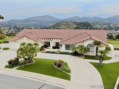 Poway Single Family Home For Sale: 13969 Pequot Dr