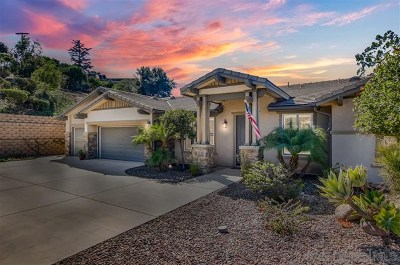 Escondido Single Family Home For Sale: 2503 Emerald Oaks Gln