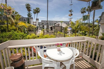 Oceanside Condo/Townhouse For Sale: 999 N Pacific St. #G124