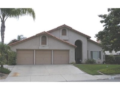 Oceanside Single Family Home For Sale: 1925 Willowbrook Drive