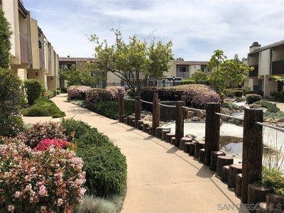 San Diego Condo/Townhouse For Sale: 9439 Gold Coast #D4