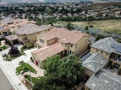 Oceanside CA Single Family Home For Sale: $1,149,000
