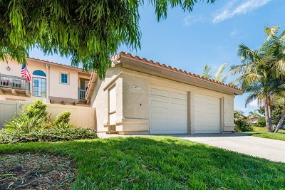 Carlsbad Condo/Townhouse For Sale: 6847 Maple Leaf Dr