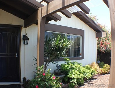 San Diego Single Family Home For Sale: 11028 Westonhill Dr.