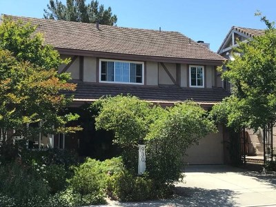 San Marcos Single Family Home For Sale: 930 Rose Arbor Dr