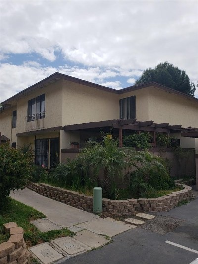 Chula Vista Condo/Townhouse For Sale: 1768 Regency #A