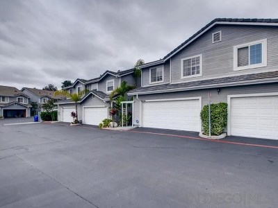 Poway Condo/Townhouse For Sale: 13317 Carriage Heights Cir