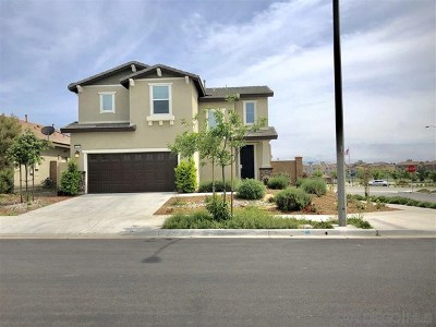 Murrieta Single Family Home For Sale: 31941 Straw Lily Dr