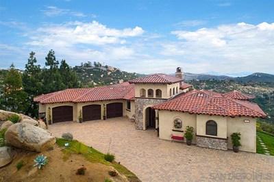 Escondido Single Family Home Active Under Contract: 29202 W Meadow Glen Way