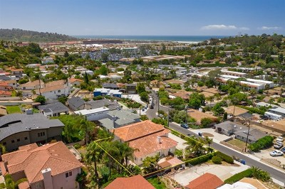 Solana Beach Single Family Home For Sale: 722 Castro St