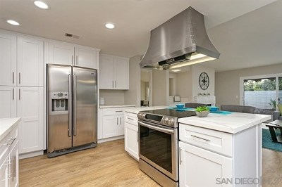 San Diego Single Family Home For Sale: 17892 Corte Emparrado