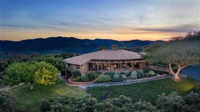 Escondido Single Family Home For Sale: 30450 Camino De Las Lomas