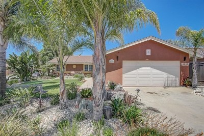 Escondido Single Family Home For Sale: 1702 Kingston Dr