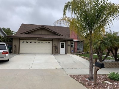 Oceanside Single Family Home For Sale: 2559 Joann Dr