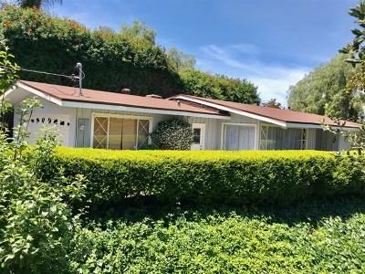 Vista Single Family Home For Sale: 1575 Elm Dr.