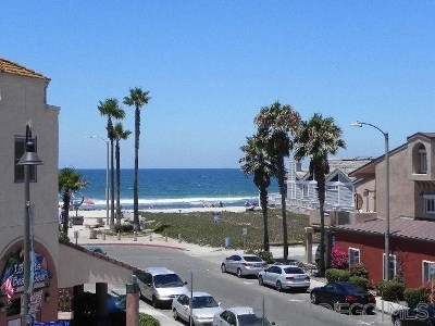 Imperial Beach Condo/Townhouse For Sale: 727 Seacoast