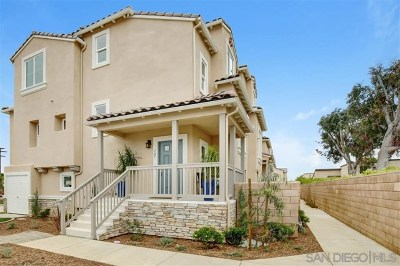 Carlsbad Condo/Townhouse For Sale: 715 Magnolia Ave
