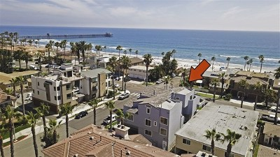 Oceanside Condo/Townhouse For Sale: 802 N Pacific St #C