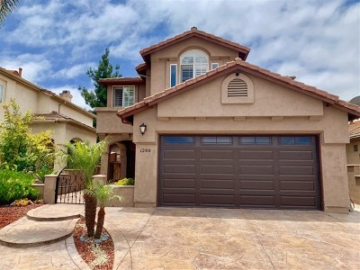 Chula Vista Single Family Home For Sale: 1266 La Crescentia