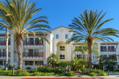 Carlsbad Condo/Townhouse For Sale: 2003 Costa Del Mar Rd #679