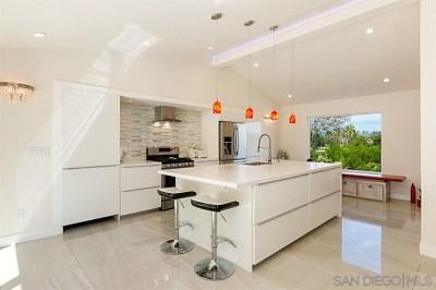 Rancho Santa Fe Single Family Home For Sale: 5634 Las Palomas