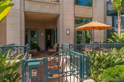 San Diego Condo/Townhouse For Sale: 2500 6th Avenue #TH04