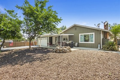 Fallbrook Single Family Home For Sale: 2336 Rainbow Glen Rd