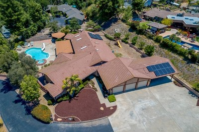 El Cajon Single Family Home For Sale: 1309 Hidden Mountain Dr