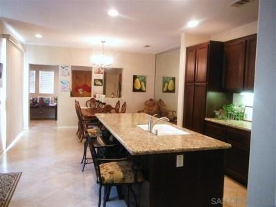 Chula Vista Condo/Townhouse For Sale: 1609 Moonbeam Lane