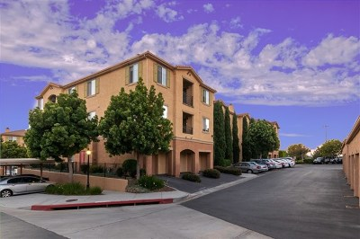 San Diego Condo/Townhouse For Sale: 3830 Elijah Court #414