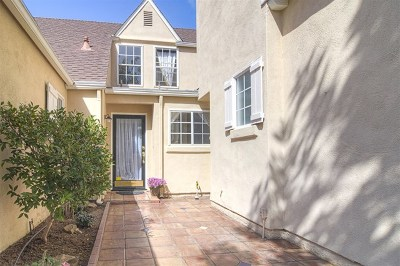 Carlsbad Condo/Townhouse For Sale: 4463 Gladstone Court