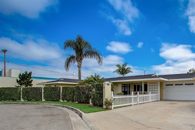 Costa Mesa Single Family Home For Sale: 124 Melody Ln