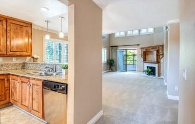 Newport Beach Condo/Townhouse For Sale: 54 Villa Point Dr