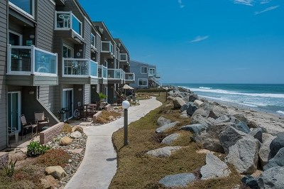 Imperial Beach Condo/Townhouse For Sale: 1504 Seacoast Dr.
