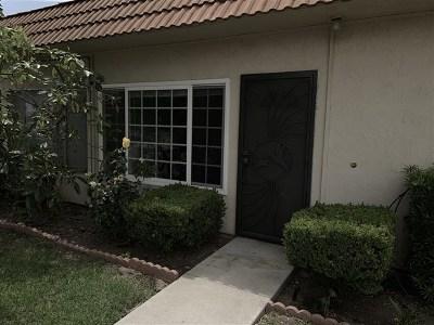 Escondido Condo/Townhouse For Sale: 2012 E Mission Ave #2