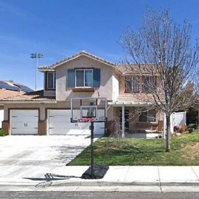 Lake Elsinore Single Family Home For Sale: 1012 Meadowlake Ln