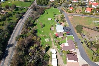 Vista Multi Family Home For Sale: 3343 E Vista Way
