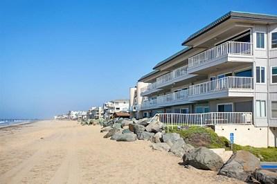 Imperial Beach Condo/Townhouse For Sale: 1320 Seacoast Drive #O