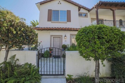 Oceanside Condo/Townhouse For Sale: 5511 Old Ranch Rd #20