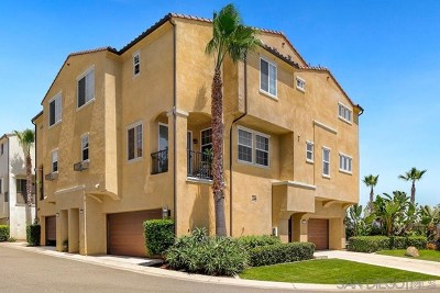 Oceanside Condo/Townhouse For Sale: 5073 Cascade Way #101