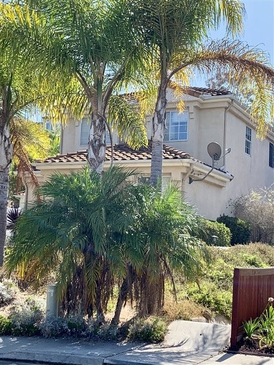 Carlsbad Single Family Home For Sale: 6822 Luciernaga Ct