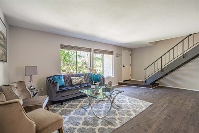 Carlsbad Condo/Townhouse For Sale: 2819 Via Pajaro