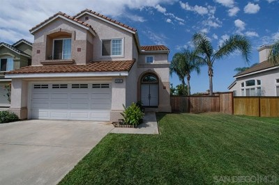 Escondido Single Family Home For Sale: 2484 Bear Rock Gln