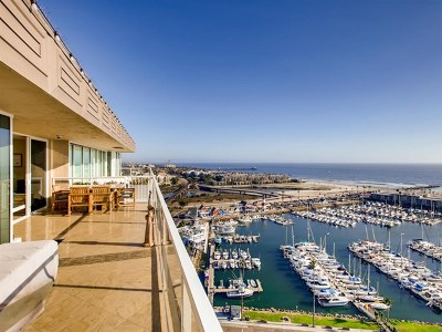 Oceanside Condo/Townhouse For Sale: 1200 Harbor Dr N #17B