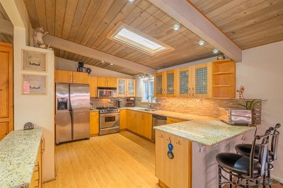 San Diego Single Family Home For Sale: 3413 Larga Circle