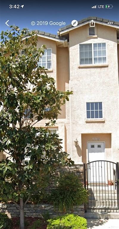 El Cajon Condo/Townhouse For Sale: 108 W Douglas Ave.