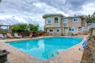 La Mesa Single Family Home For Sale: 4380 Alta Mira